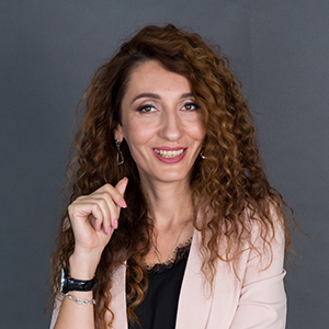 Елена Тарарина